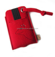 2016 new fashion hotsale handmade high quality bag crafts China wholesale gift decor ornament red wool felt Christmas phone case