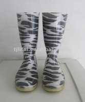 fanshionable pvc rain boots made in china LITAI PVC white and black rain boots