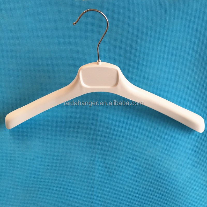 white plastic hangers for lady's tops clothes best fashion shop customized display hanger
