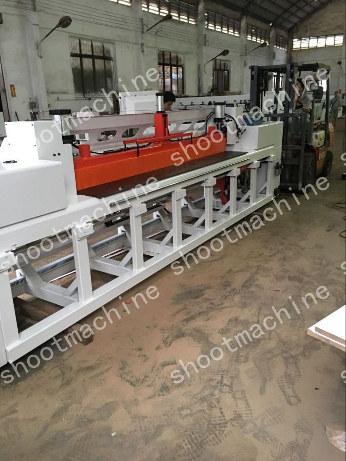 Reciprocating Panel Saw Machine SH1327A with Max. cutting length 2680mm and Max. cutting thickness 76mm