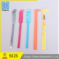 Hot style customized bracelets vinyl wristbands for hospital/medical