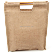 Laminated natural Color Burlap cheap jute bag with Wooden handle