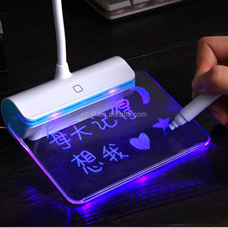Hot Selling Brightness Adjutable Students Desk Lamp With Message Boards Function
