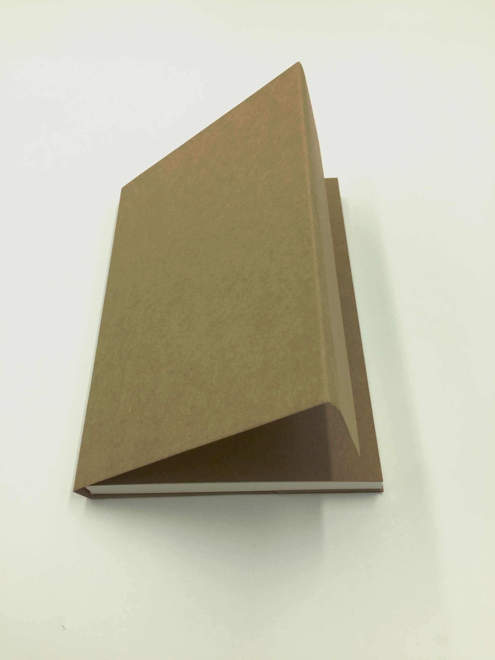 32K Plain Kraft Paper Cover Notebook Sketch Book With Blank Pages