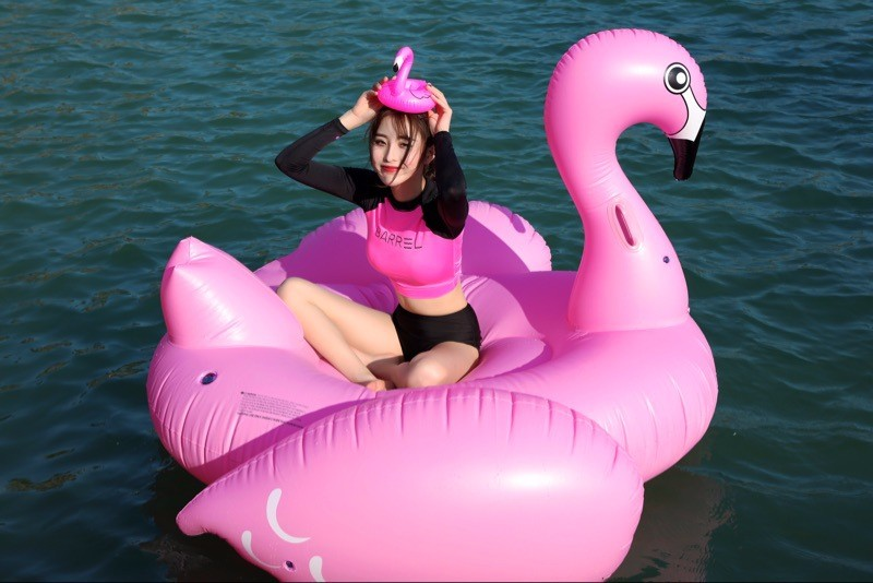 2018 Available Giant Pink Water Pool Float Inflatable float flamingo