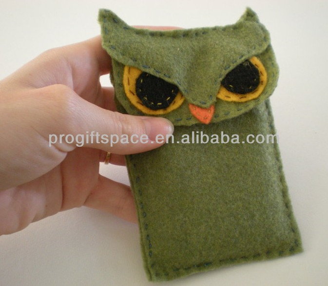2017 new design unique hot sales handmade polyester owl decoration wholesale felt animal shaped phone cases made in China