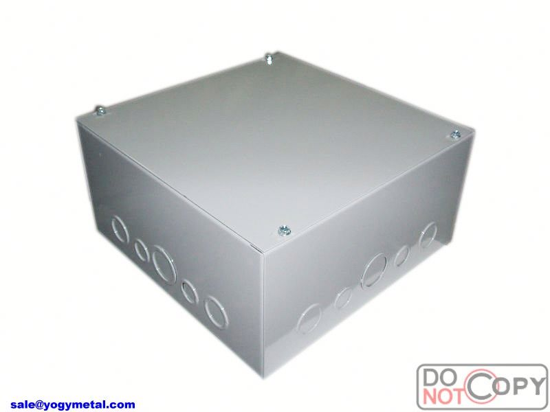 Electrical watertight junction box