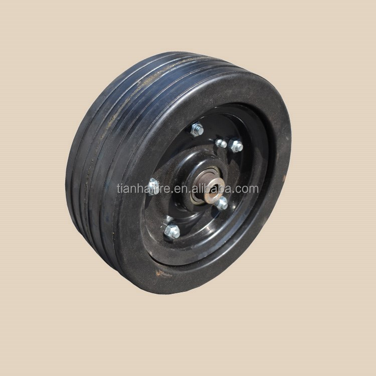 210x80mm solid rubber wheel with greaser for MASCHIO finishing mowers