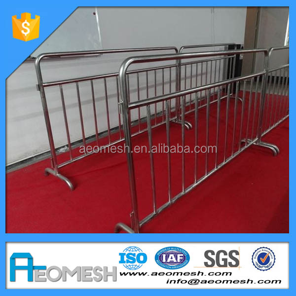AEOBARRIER Direct Factory Made Used Road Crash Plastic CrowdControl Barrier for parking