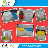 Plastic buckets in food grade with lid and handle
