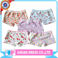 Wholesale Stock Cotton Cartoon Printing Under-panties For Girls