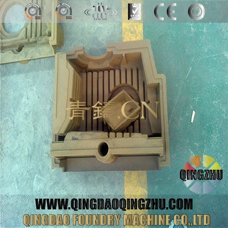 Hot Or Cold Runner Iron die casting Mold Manufacture qingdao China Injection Mold Die Casting