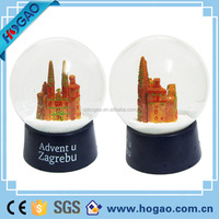 Famous building custom glass water resin cheap snow globe