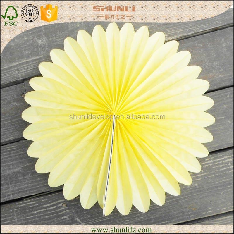 Baby shower decoratie licht geel papieren zakdoekje daisy bloemen fans event party - Decoratie geel ...