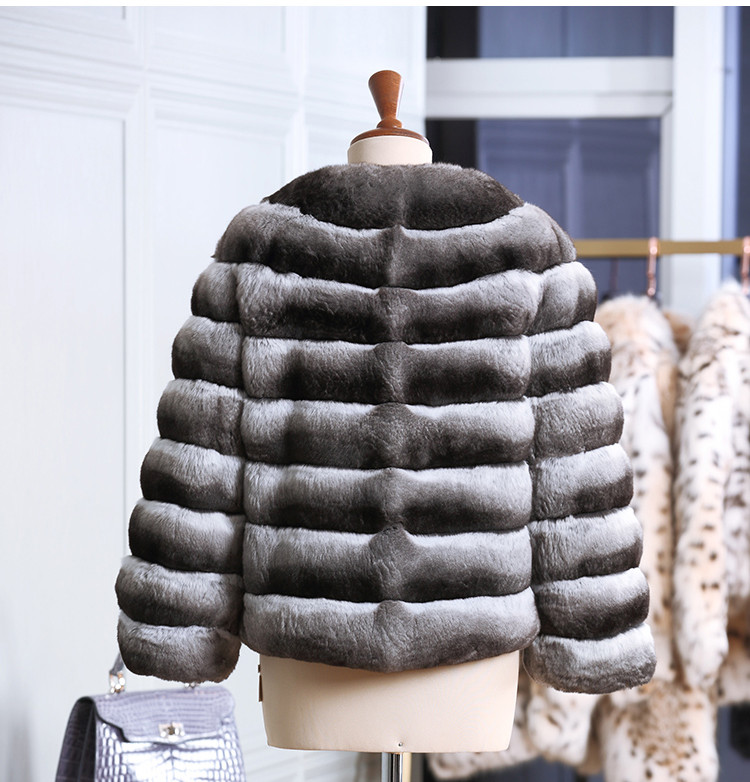 Women Black and White High Quality Chinchilla Fur Coat