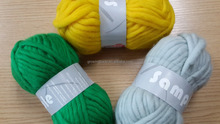 Super bulky 100% wool yarn perfect for knitting &weaving