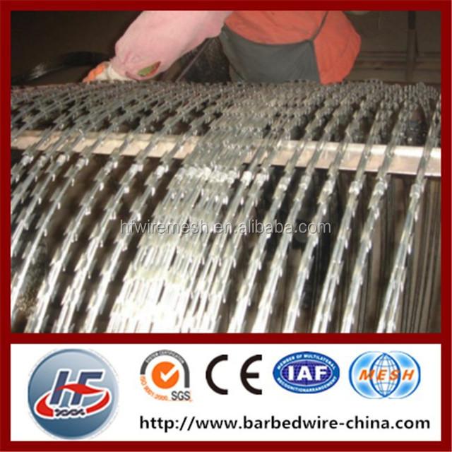 Razor barbed wire/galvanized razor barbed wire/anti- piracy razor wire,clips razor wire