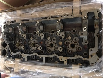 Genuine 4HK1 8981706171 engine cylinder head