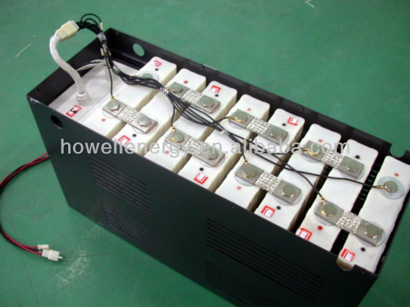 12V 100AH LiFePO4 snowmobile battery