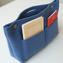 Fashion and more useful felt cosmetic organizer bag