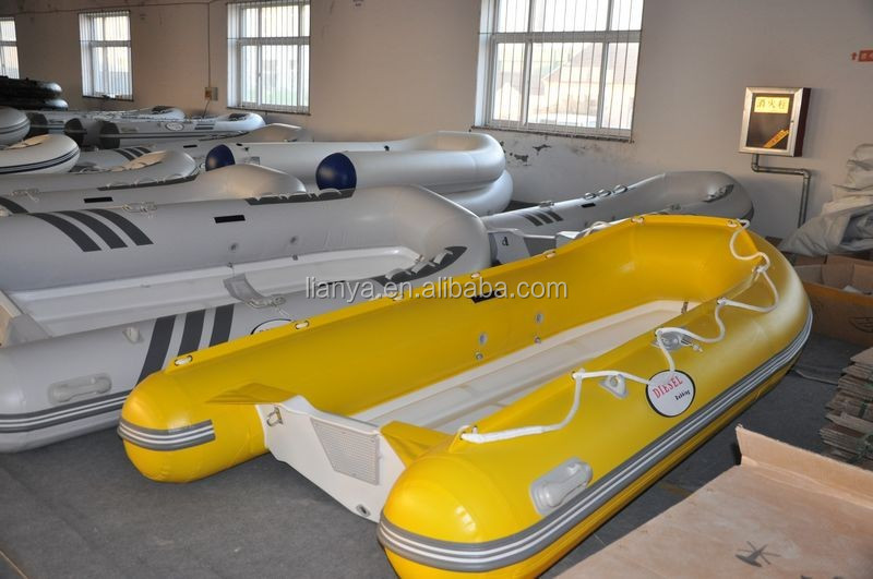 трейлеры к надувным лодкам