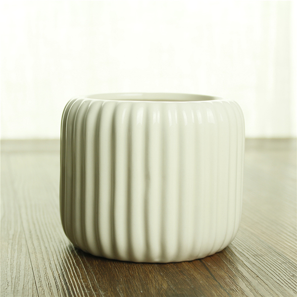 Decorative cheap home ornament small white exqusite table flower pot