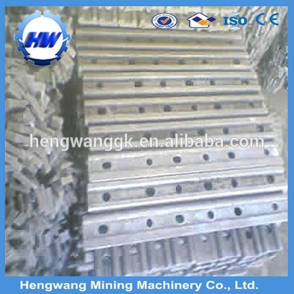 Hot sale! 30kg/m Q235B light steel rail with spare parts