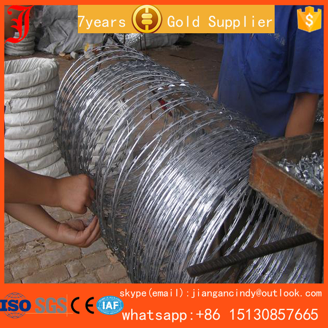 top level galvanized concertina razor wire barbed tape for fencing