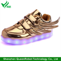 Low Top LED Shoes Boys Girls Silver / Golden LED Kids Light Up LED Shoes with Wings