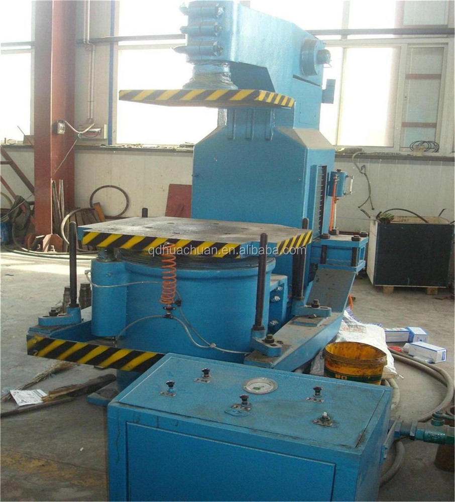 huachuan Jolt Squeeze Sand Moulding Machine for Metal Casting Equipment