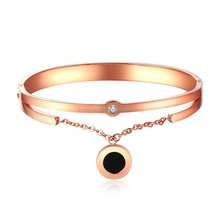 Women Bling Rose Gold Stainless Steel Black shell Crystals Bracelet Brand New design Cuff Bangle For Wife