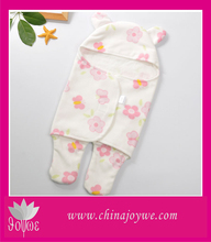 China Joywe Home Used Ventilated Anti-pilling Flower Pattern Baby Wearable Blanket