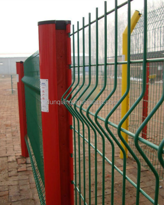 Peach-Shape Post Welded Mesh Fence