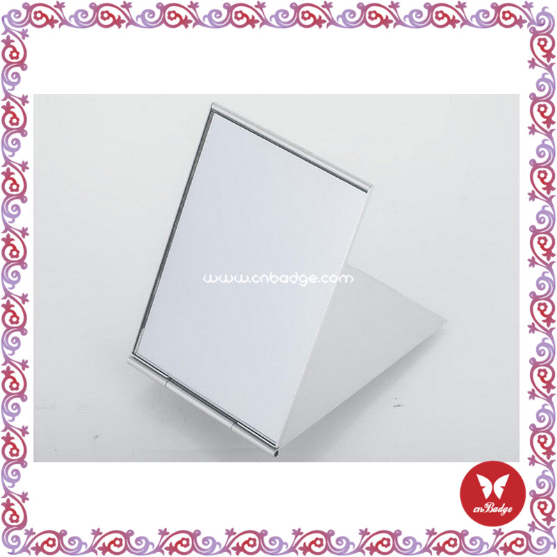 high-quality magnifying makeup mirror