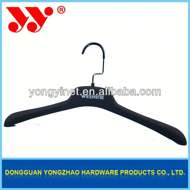 new design auto clothes hanger
