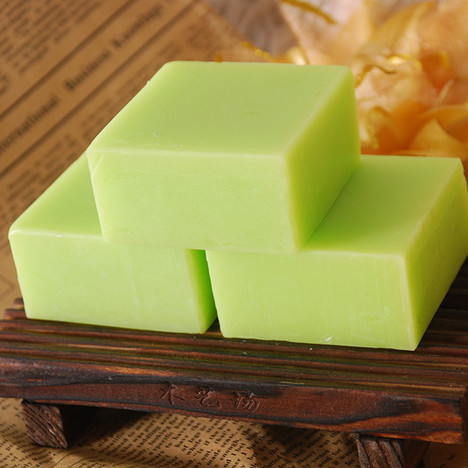 Wholesaler essential oil herbal extract soap