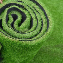 Wholesale natural Synthetic grass/grass artificial turf with happy price for landscaping