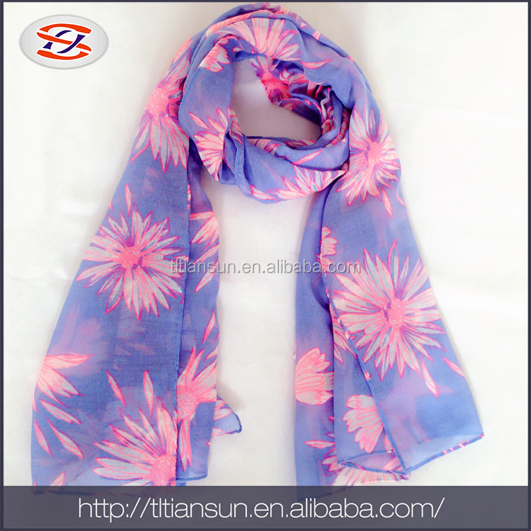 High Quality Soft Comfortable Scarf And Polyester Silk Feel Ligth Scarf