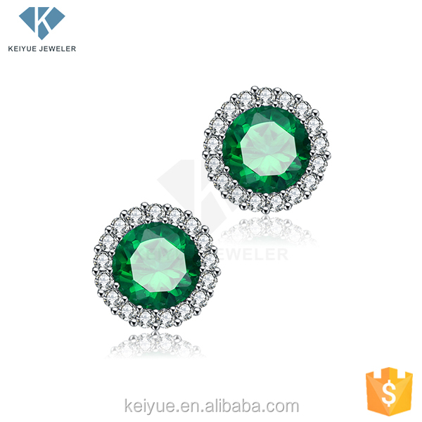 Beyond calculation Decorous and free from vulgarity 925 sterling silver green stone earring