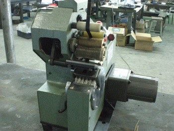 Coil taping machine (JW-50)