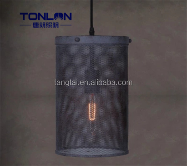 2016 made in china excellent quality iron and candle pendant light