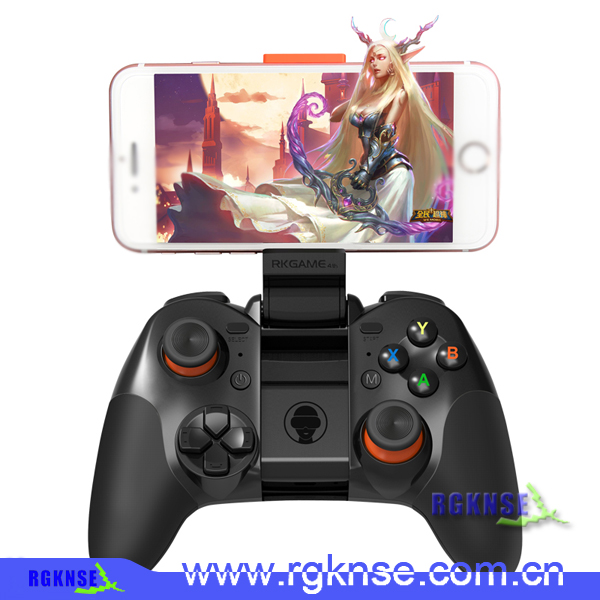 Newest wireless bluetooth gamepad LCOSE game controller for iphone and android phone