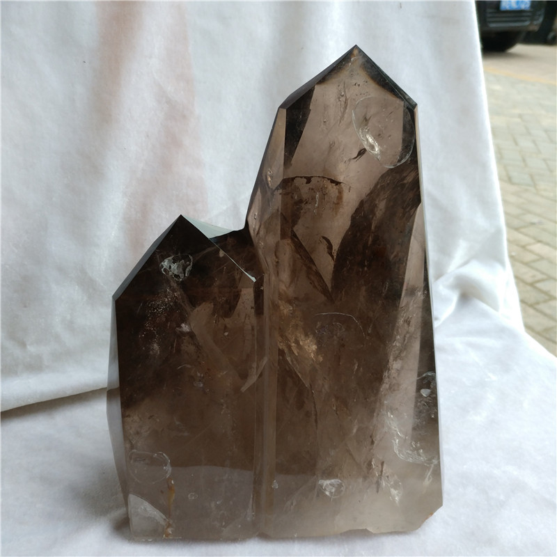 natural smoky quartz rock crystal point, crystal healing point towers