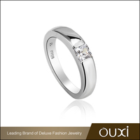 Fashion Jewellery Rings OUXI Simple Design White Stone Ring