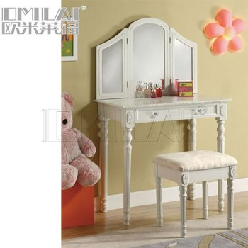 Antique bedroom vanity table with stool