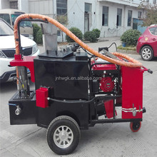 Asphalt filling machine for road repair with compact structure