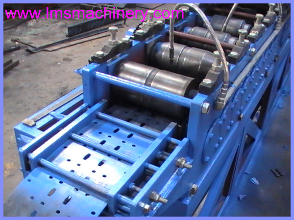 Universal Server Rack / Network Cabinet / Server Cabinet Pillar roll forming machine