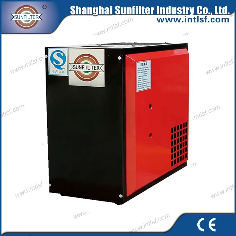 Refrigerated compressed air dryers for small compressors with air oil separator filter