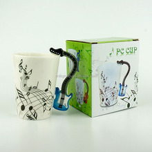 Creative unique design electric guitar musical instrument ceramic coffee mug with funny handle