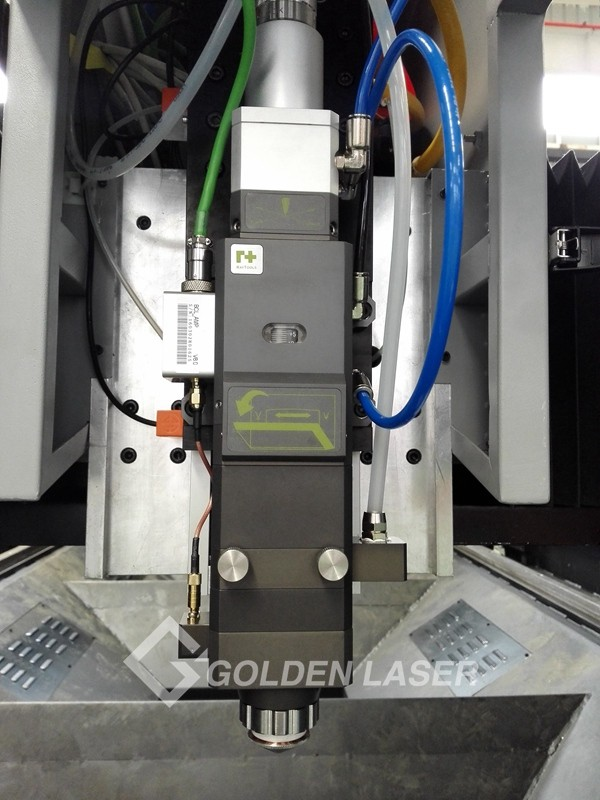 4000W Fiber Metal Laser Cutting Machine with Shuttle Table and IPG / nLlight Laser Source